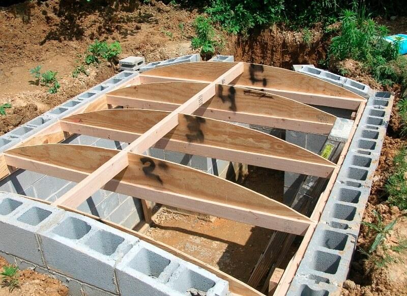underground-root-cellar-3